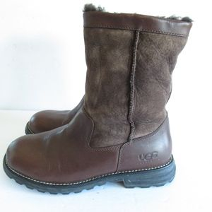 UGG Brooks Boots Suede Leather 5381